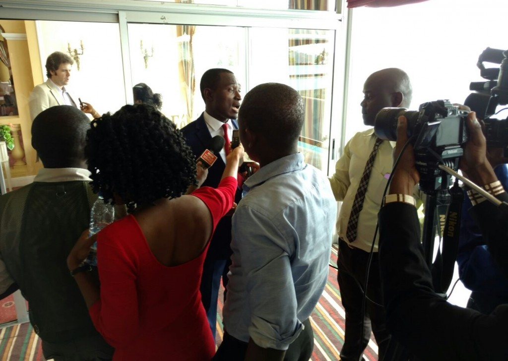 InfoCongo's Managing Editor, David Akana speaking to the Cameroonian media. Central African media were really inquisitive to understanding how GeoJournalism would impact current and future journalism practices. Photo credit/Giuseppe Molinario