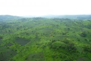 les montagnes de Katanga: La saison de pluie qui durait 7 à 8 mois dans la province du Katanga, ne dure plus que 4 à 5 mois.
