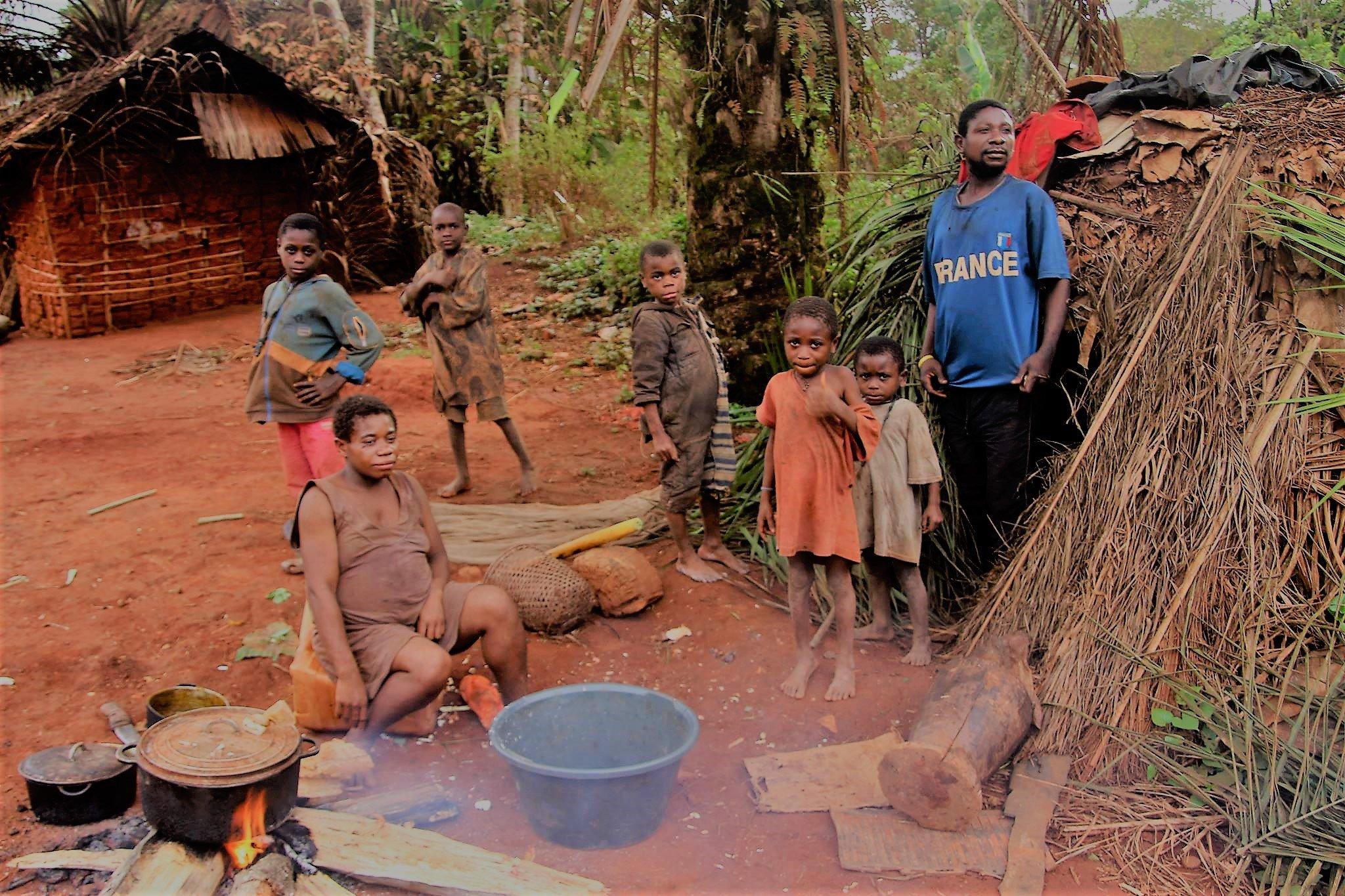 Des enfants d'une communauté Baka