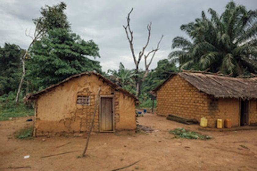 Village de Lokolama dans la province de l'Equateur en RDC. Crédit : Greenpeace
